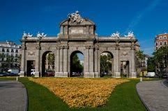 Porta de Alcala (Puerta de Alcala) imagens de stock