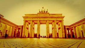 Porta de Brandemburgo em Berlim, Alemanha (lapso de tempo) filme