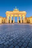 Porta de Brandemburgo no crep?sculo, Berlim, Alemanha foto de stock royalty free