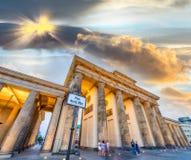 Porta de Brenadenburg no quadrado do por do sol desde o 18 de março - Berlim, Germa Imagem de Stock