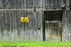 Porta de celeiro Fotos de Stock