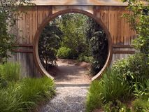 Porta de jardim japonesa foto de stock royalty free