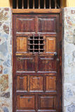 Porta de madeira histórica Fotografia de Stock Royalty Free