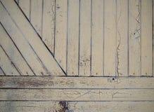 A porta de madeira pintada velha foto de stock royalty free