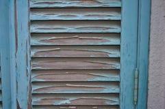 Porta de madeira quebrada foto de stock