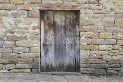 Porta de madeira rústica Fotos de Stock Royalty Free