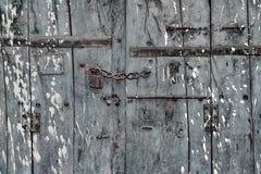 Porta de madeira rústica Fotos de Stock