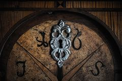 Porta de madeira velha foto de stock royalty free