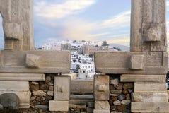 Porta de Portara na ilha de Naxos fotos de stock