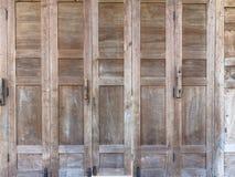 A porta de povos rurais Imagens de Stock Royalty Free
