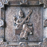 Porta de prata com estátua Foto de Stock Royalty Free