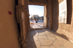 Porta de retirada do forte de Al Masmak em Riyadh imagem de stock