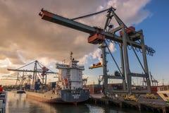 A porta de Rotterdam imagens de stock royalty free