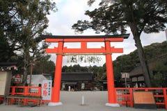 Porta de Torii do santuário de Kamigamo em Kyoto fotos de stock royalty free