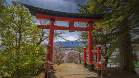 Porta de Torii e Mt fuji Imagens de Stock