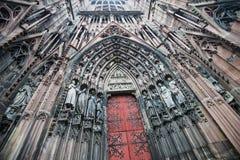 A porta de uma igreja Imagem de Stock Royalty Free