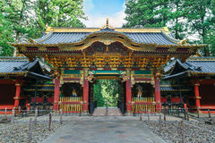 Porta de Yashamon no santuário de Taiyuinbyo em Nikko, Japão Fotos de Stock Royalty Free