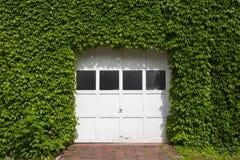 Porta del garage Fotografie Stock Libere da Diritti