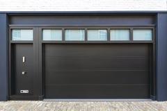 Porta del garage Immagini Stock Libere da Diritti