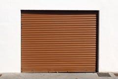 Porta del garage del metallo di Brown Fotografia Stock