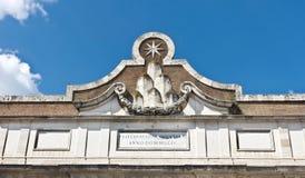 Porta del Popolo a Roma L'Italia Fotografie Stock
