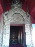 Porta del tempio in Tailandia Fotografia Stock Libera da Diritti