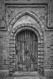 Porta della cattedrale di Roskilde monocromatica fotografie stock libere da diritti