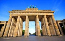 Porta di Brandeburgo nella città di Berlino fotografia stock libera da diritti