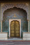 Porta di Geogous nel palazzo della città, Jaipur Fotografie Stock Libere da Diritti