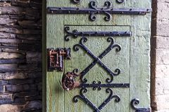 Porta di legno del vecchio castello, signore, Fiandre, Belgio Immagini Stock