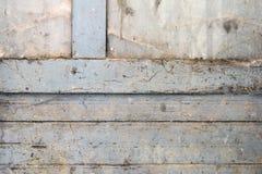 porta di legno della stecca dipinta blu Fotografie Stock
