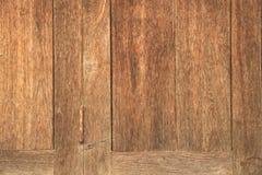 Porta di legno di vecchio colore naturale di lerciume Fotografie Stock Libere da Diritti