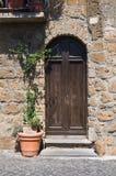 Porta di legno. Orvieto. L'Umbria. L'Italia. Immagini Stock Libere da Diritti