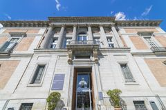 Porta di Murillo nel museo di Prado, colonne di pietra classiche, GA immagine stock libera da diritti
