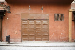 Porta di piegatura chiusa Fotografie Stock Libere da Diritti