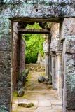 Porta di pietra antica fotografia stock