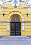 Porta di servizio della st Vladimir Cathedral Fotografia Stock