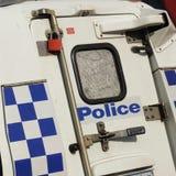 Porta di servizio di un volante della polizia con le serrature e del segno della polizia vittoriana Immagini Stock