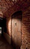 A porta do Dungeon Fotos de Stock Royalty Free