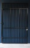 porta do ferro com fechamento Foto de Stock Royalty Free