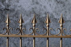 Porta do ferro feito de Brown Fotografia de Stock
