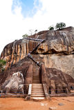 Porta do leão na rocha do leão do sigiriya Fotos de Stock Royalty Free