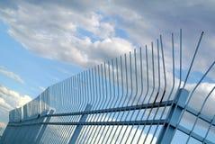 Porta do metal com o céu no fundo Imagem de Stock