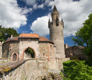 Porta do norte e Adolfsturm do castelo Friedberg Imagens de Stock Royalty Free