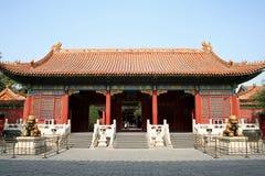 Porta do palácio imagem de stock royalty free