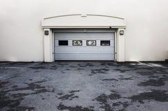 Porta do parque de estacionamento Imagens de Stock
