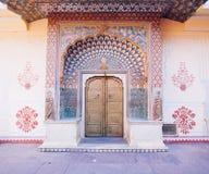 Porta do pavão no palácio da cidade de Jaipur, Rajasthan, Índia Foto de Stock Royalty Free