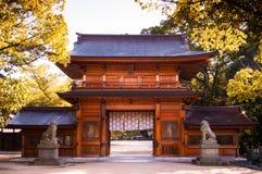 Porta do santuário de Oyamazumi - ilha de Omishima - Ehime, Japão foto de stock royalty free