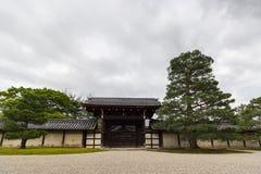 Porta do templo de Tenryu-ji, Kyoto, Japão Foto de Stock
