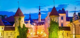 Porta famosa de Viru - da arquitetura velha da cidade da parte capital estônio, Fotografia de Stock Royalty Free
